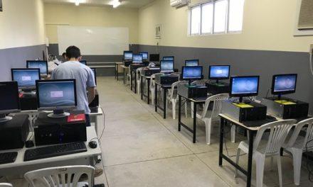 Governo do Estado inaugura laboratório de robótica em Canudos