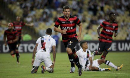 Vitória pega o Palmeiras no Barradão e precisa de um triunfo