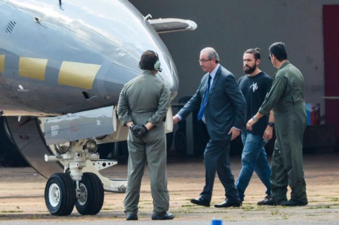 Vivo uma situação de absoluta penúria financeira, diz Eduardo Cunha
