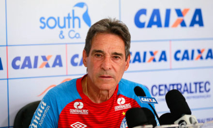 Carpegiani diz que triunfo do Bahia sobre o Santos foi resultado justo