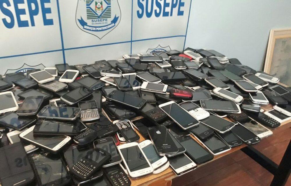 Vistoria recolhe mais de 270 celulares e drogas em presídio do RS e diretor continua no cargo