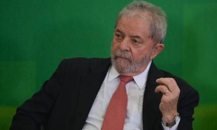 Lula disputará ao menos o primeiro turno de 2018 em estratégia do PT, diz coluna