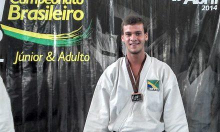 Sem patrocínio carateca baiano campeão Pan-americano pode ficar fora de mundial na Itália
