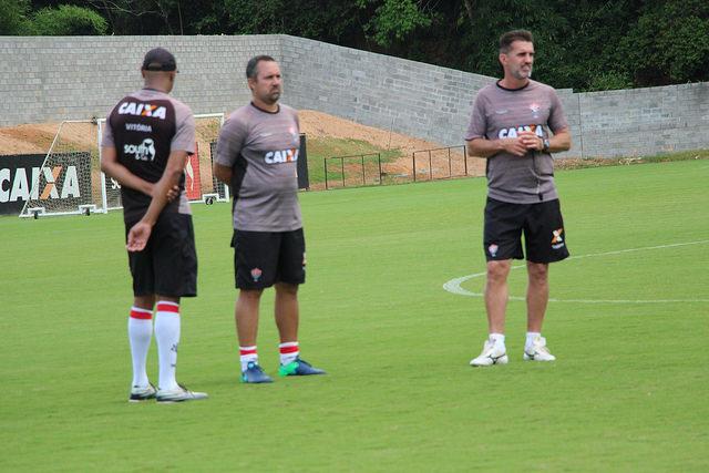 Mancini comanda treino fechado à imprensa e pode fazer alterações na equipe que pega a Ponte