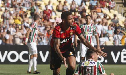 Sport vence o Fluminense por 2 a 1 e empurra o Vitória para o Z4