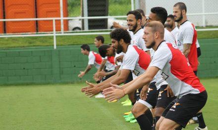 Vitória encara o Palmeiras e precisa voltar a vencer no Barradão