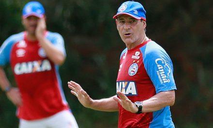 Carpegiani ainda acredita na pré-Libertadores e diz que o Bahia não jogou a toalha
