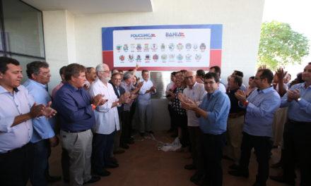 Governador entrega policlínica e anuncia recuperação de rodovia