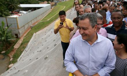 Contenção de encosta leva segurança para 2 mil pessoas em Paripe
