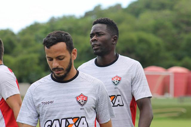 David ainda é dúvida para enfrentar o Flamengo no domingo no Barradão