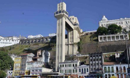 Elevador Lacerda completa 144 anos no dia da padroeira da Bahia
