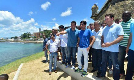 Prefeitura entrega intervenções no Farol da Barra e inicia obras no Morro do Cristo