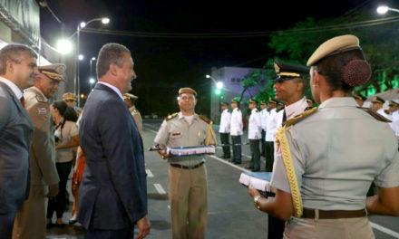 Governador participa de formatura de 86 oficiais da PM e Bombeiro