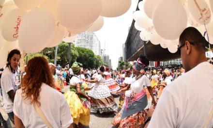 Bahia realiza ação com 25 mil pessoas na Avenida Paulista