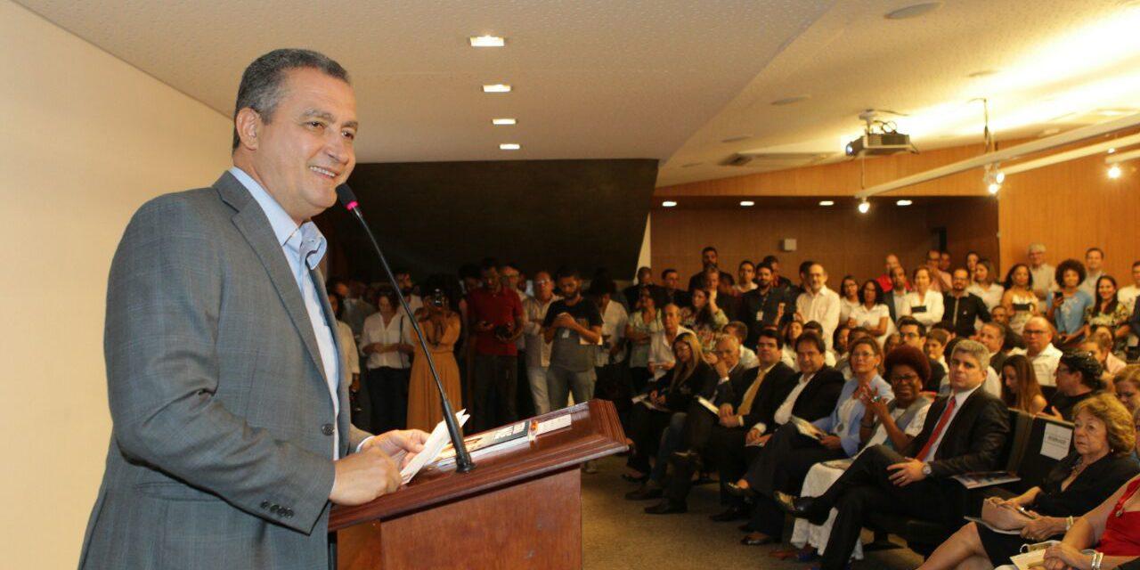 Governo do Estado lança revista com balanço de ações de 2017