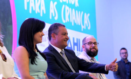 Governador assina carta de compromisso em defesa da infância