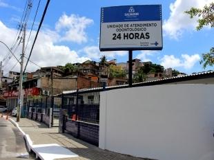 Prefeitura promove assistência em saúde bucal para moradores de Salvador