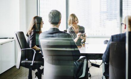 Islândia punirá empresa que pagar salário mais baixo para mulher
