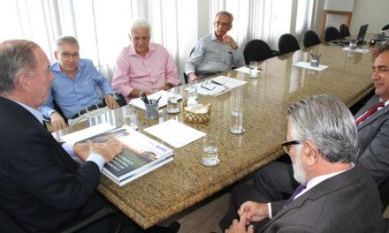 Desenvolvimento do setor mineral é discutido na Seplan