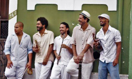 Grupo Botequim e Raimundo Sodré encerram Caravana da Música com shows e oficinas