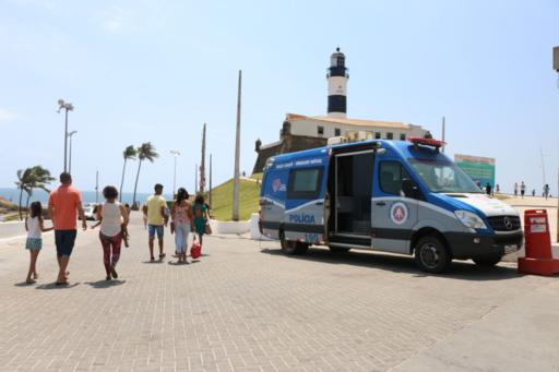 Barra e Rio Vermelho têm reforço no policiamento durante o Verão