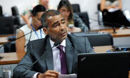 Senador Romário tem projeto que proíbe penhor de veículos de pessoas com deficiência