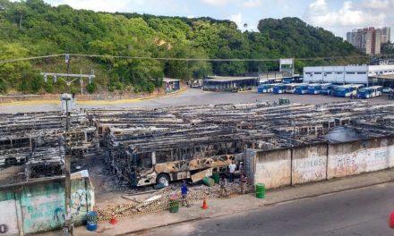 Prefeitura remaneja linhas da frota reserva após incêndio em garagem de ônibus