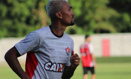 Botafogo só aguarda liberação do Vitória para levar Kieza