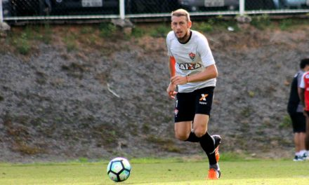 Sentindo-se em casa na Toca o volante Uillian Correia aposta no Vitória em 2018