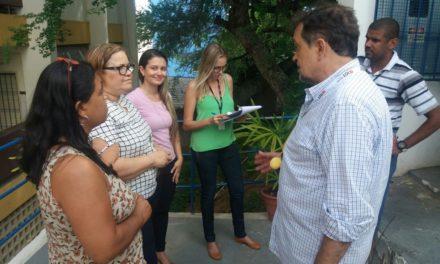 Secretário visita escolas no Bonfim, Vila Canária e Pau da Lima