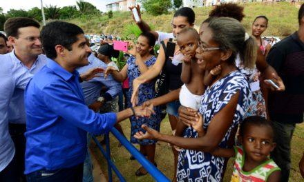 ACM Neto inaugura nova escola em Cassange nesta quarta