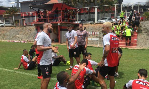 Mancini ajusta time do Vitória para o primeiro clássico do ano
