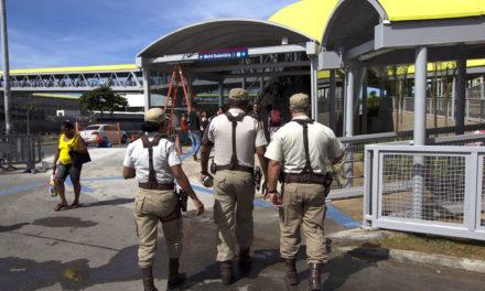 Polícia Militar reforça segurança nos pontos de entrega de abadás