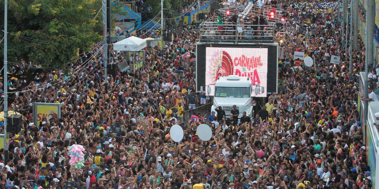 Terça de Carnaval tem Attooxxá e Baiana System no Campo Grande e Denny Denan na Barra