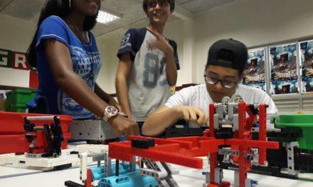 Estudantes do Centro Juvenil representam rede estadual em torneio regional de Robótica