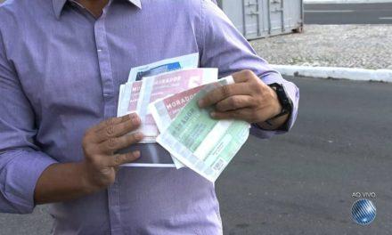 Grupo que comercializava credenciais de moradores é preso em flagrante