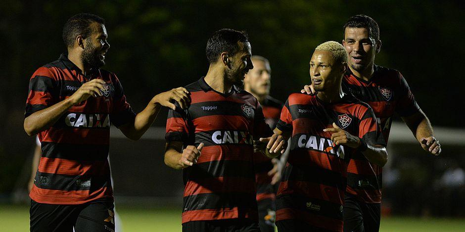 Vitória elimina Corumbaense pela Copa do Brasil e espera o Bahia pelo Baianão no domingo