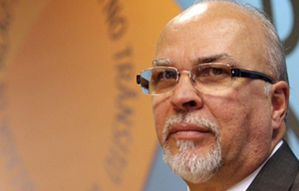 Ex-ministro Mário Negromonte vira réu e é afastado do Tribunal de Contas da Bahia