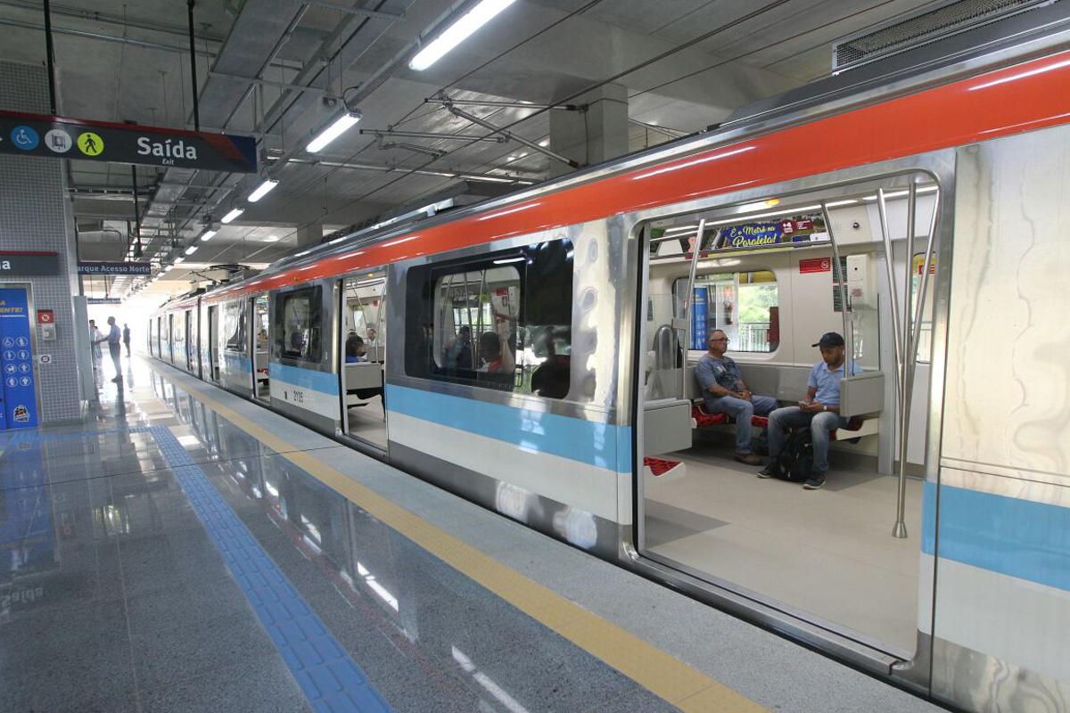 Resultado de imagem para metro salvador