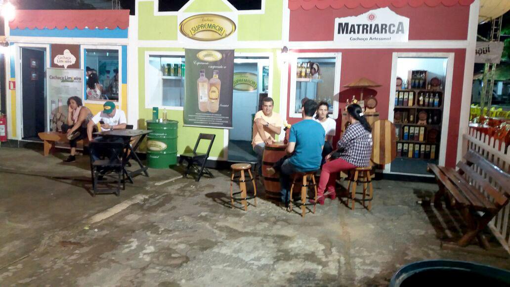 Cachaça baiana é produto turístico de destaque em feira de agronegócio