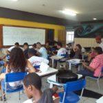 Colégio estadual oferece aulas de música para a comunidade