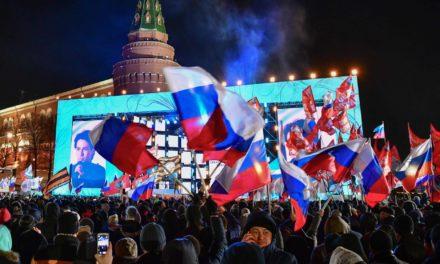 Putin vence com mais de 70% dos votos em eleições à sua medida