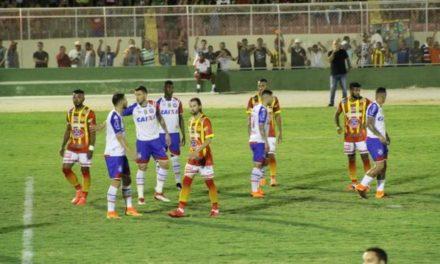 Bahia e Juazeirense: empate sem gols no primeiro jogo da semifinal do Baiano