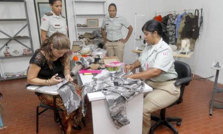 Fardas usadas viram artesanato em feira da Polícia Militar