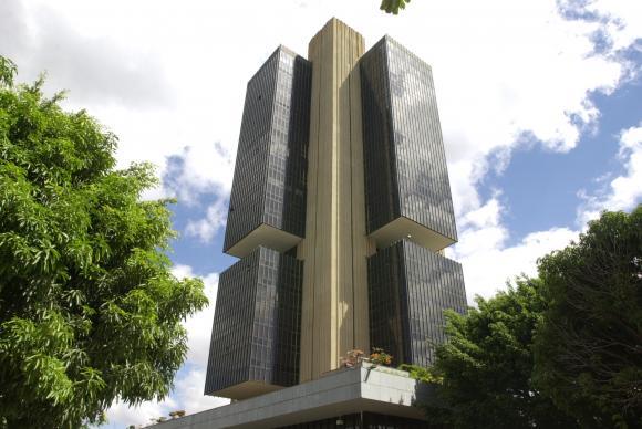 Mercado financeiro reduz estimativa da inflação de 3,73% para 3,70%