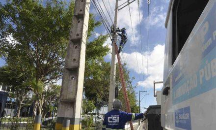 Prefeitura instala novos pontos de iluminação na região da BR-324