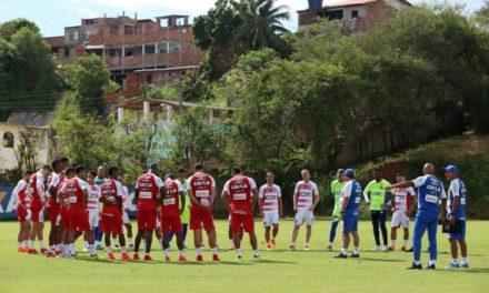 Bahia divulga lista com jogadores relacionados para jogo desta terça, contra o Altos