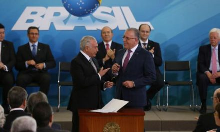Reajuste do Bolsa Família pode ser anunciado em abril ou maio, diz novo ministro