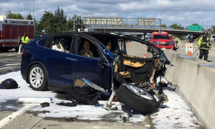 Tesla reconhece 2º acidente mortal nos EUA com um carro em piloto automático