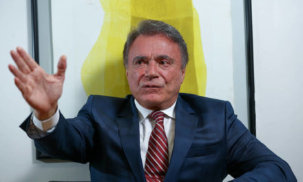 Políticos reagem à ordem de prisão do ex-presidente Lula